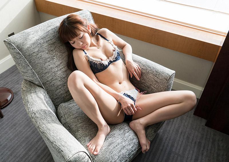 Mei #4 ひそやかに濡れるローターオナニー