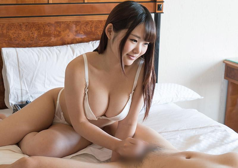 Kurumi #2 笑顔があったかいパイズリフェラ