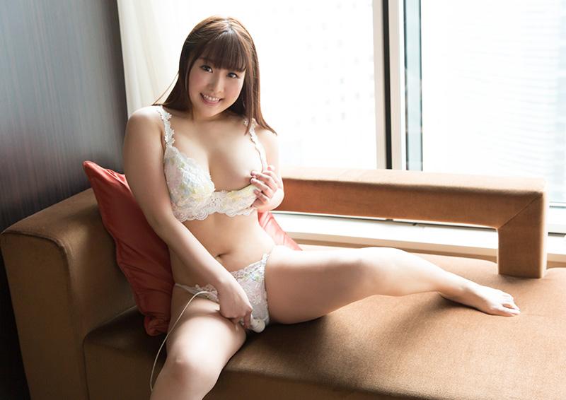 Nonoka #4 電マで瞬殺、敏感すぎる美少女のオナニー