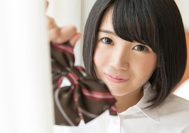 Suzu #2 照れ屋な彼女の頬を赤く染める制服エッチ
