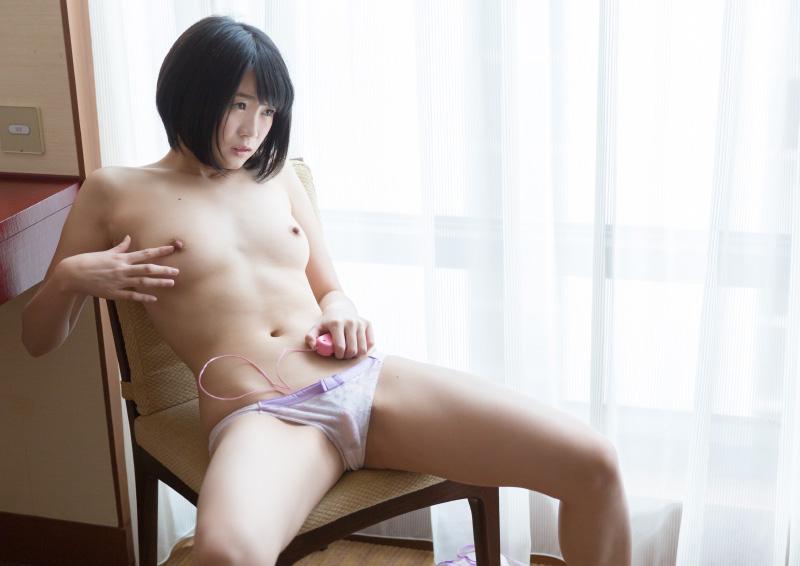 Suzu #4 クリトリスを重点的に責めるオナニー