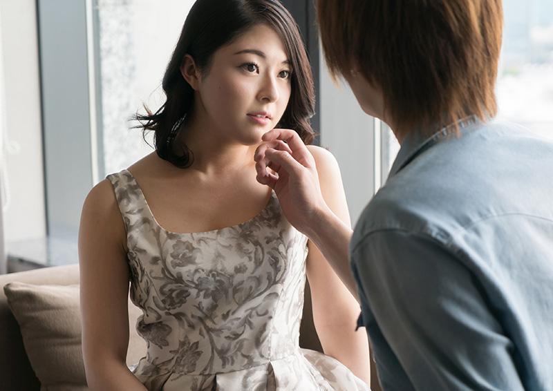 Wakaba #1 ほがらか美女のフェロモン溢れるセックス
