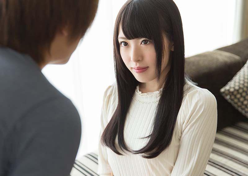 端正な顔立ちの黒髪美女の性事情 Ikumi