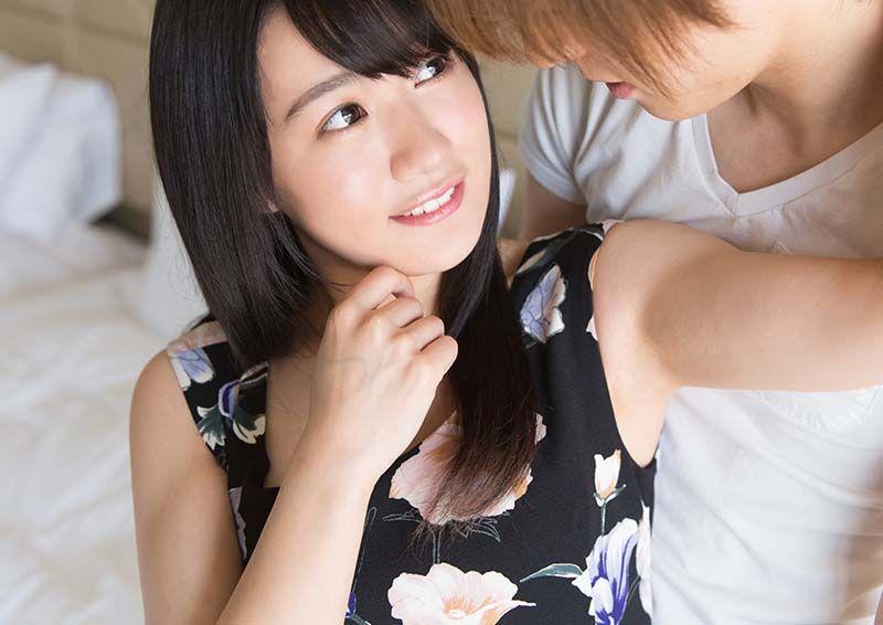 ピュアな美少女のハニカミSEX Yua