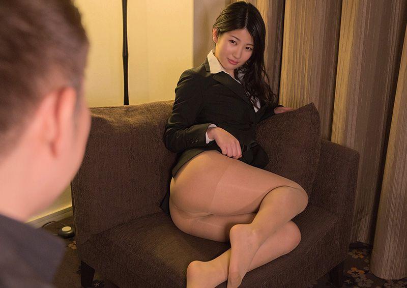 スーツ乱して連続絶頂SEX Aoi
