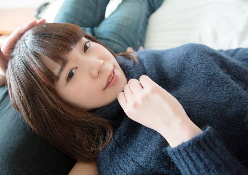 透明感のある色白少女を愛でるSEX Hikari